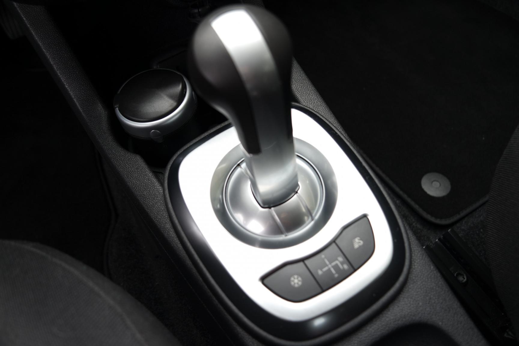 Opel-Corsa-15